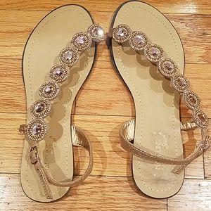 Madeline sandles